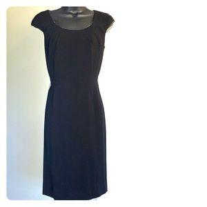 TAHARI sz 4 black cap sleeve professional dress